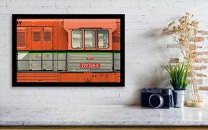 51cm x 31cm Oranžová lokomotiva - Minimalistický fotoobraz na stěnu