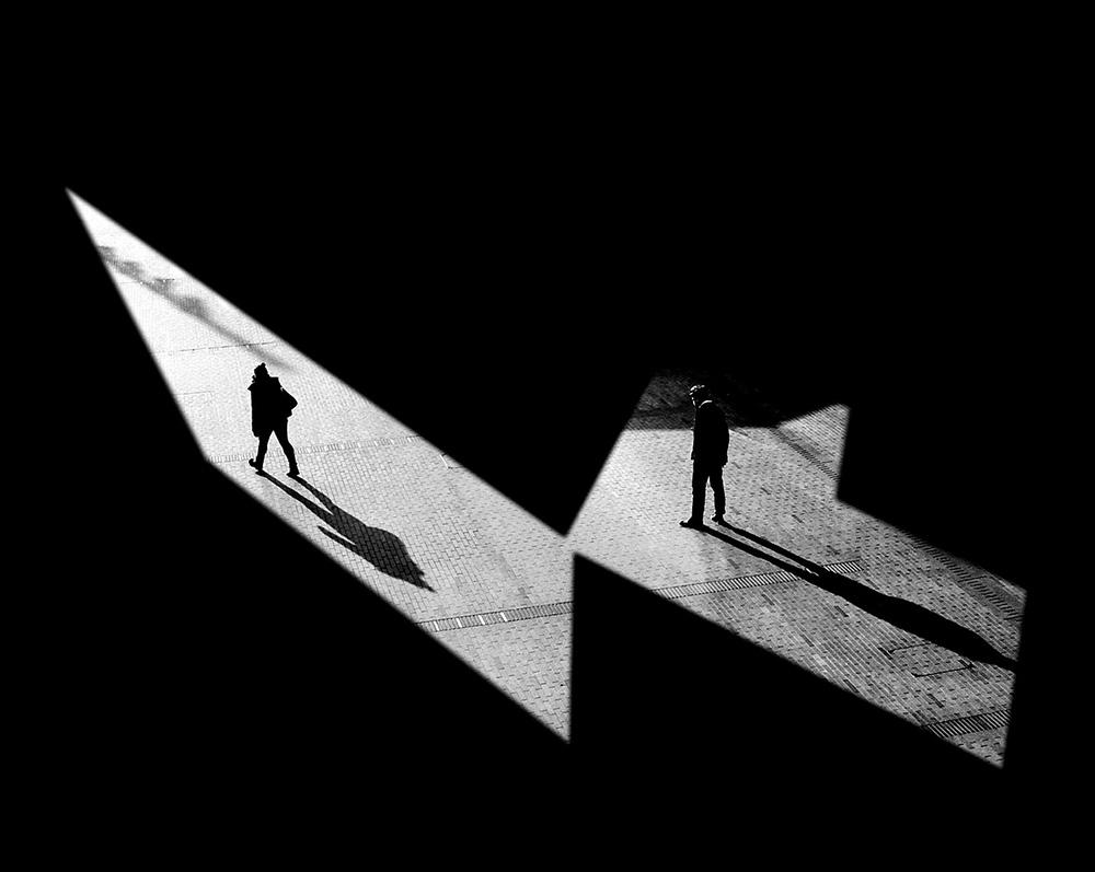 Černobílá street fotografie od fotografky Madiha Abdo