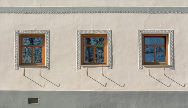 Tři okna - minimalistický fotoobraz