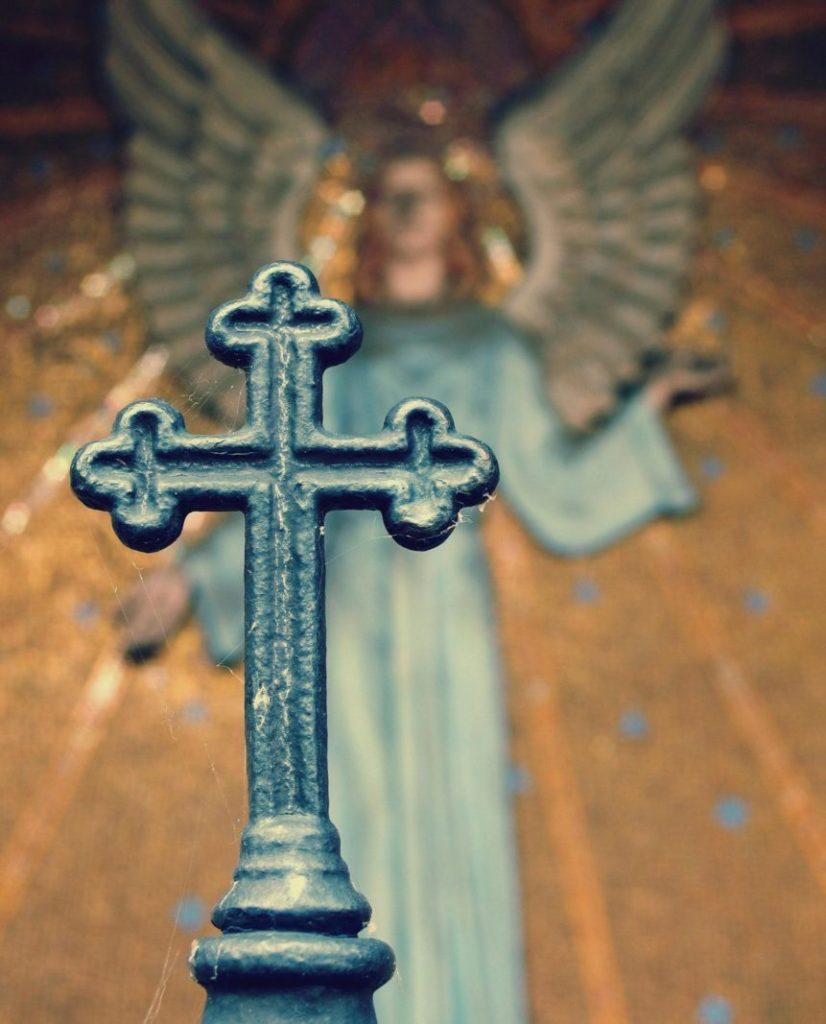 Kříz a Anděl