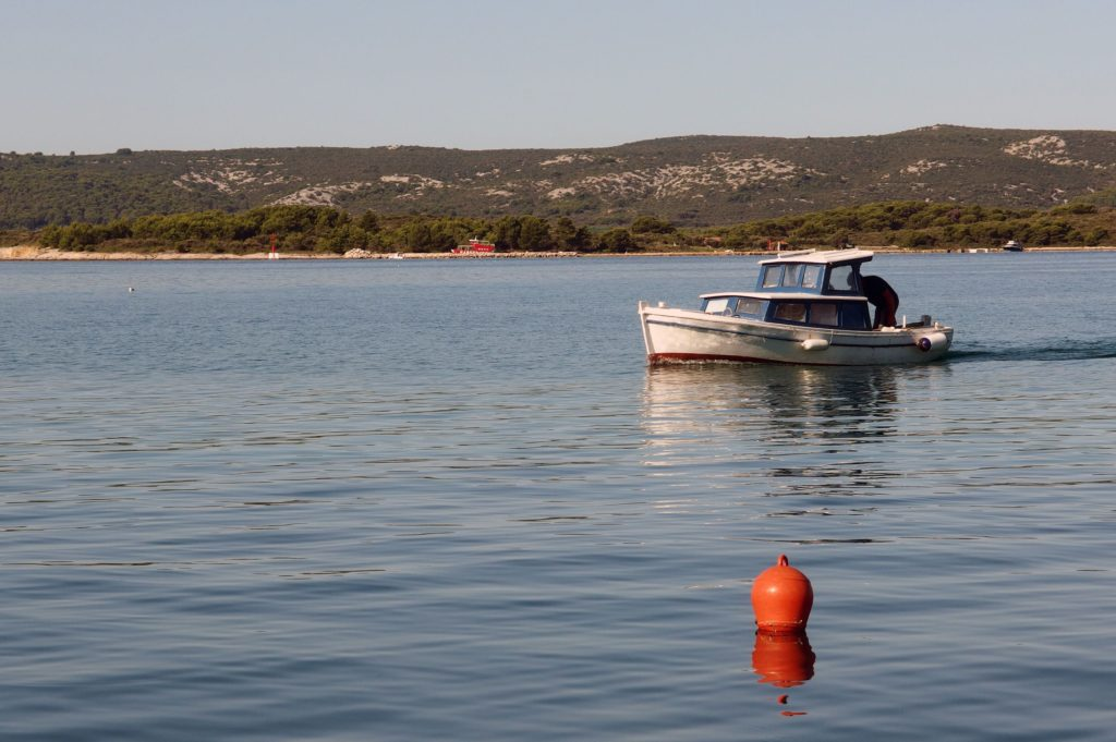 Rybářská loď v Chorvatsku