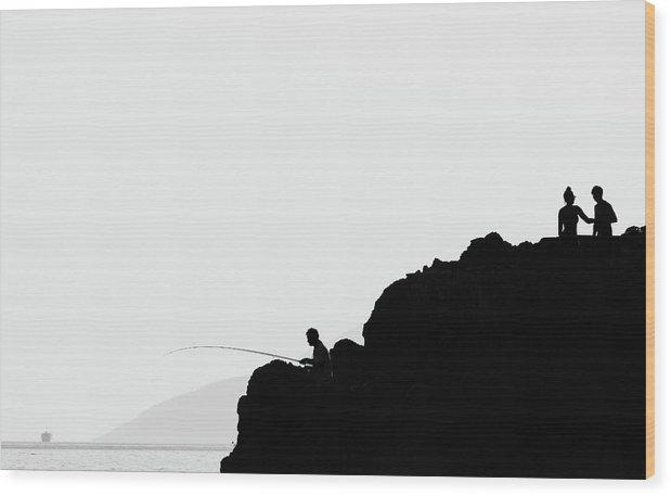 Černobílá minimalistická fotografie na javorové desce o velikosti 51 x 32 cm.